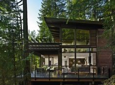 Into the Woods: 17 Homes For Nature Lovers via Brit + Co