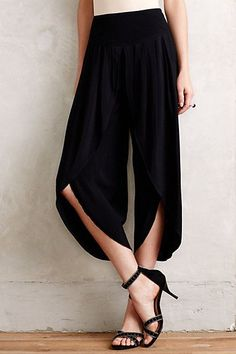 -Stylish tulip pants-7 Pics Of Tulip Pants Which Show That They Are The Most Beautiful Pants-stylish pants-