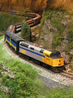 find scenery items at http://model-trains.org/