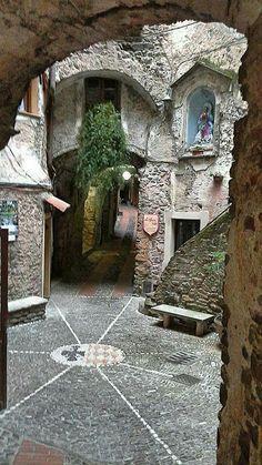 Dolceacqua (IM), Liguria, Italy.  Credit: Dora il Grande