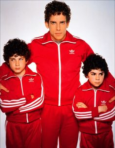 Like father like sons Maralex's inspiration : The Royal Tenenbaums directed by Wes Anderson Wes Anderson Characters, Wes Anderson Movies, North By Northwest, La Famille Tenenbaum, The Royal Tenenbaums, Films Cinema, Ben Stiller, Grand Budapest Hotel, Movie Costumes