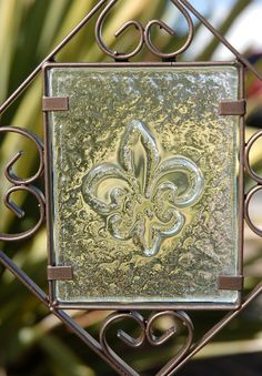 36 Iron Garden Stake with Fleur de Lis Etched Glass $9