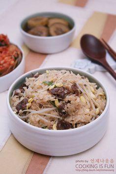 전기밥솥으로 간단하게! 뚝딱뚝딱 만들 수 있는 불고기콩나물밥 – 레시피   Daum 요리 Korean Dishes, Korean Food, Vegetable Rice, Asian Recipes, Ethnic Recipes, No Cook Meals, Japchae, Allrecipes, Lunch Box