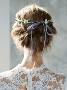 pretty natural bohemian wedding hair