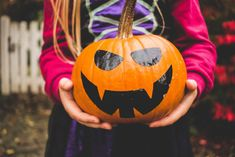 Halloween doesn't have to be all about the scare: it's a great time to yuk it up with silly jokes. We've rounded up 25 sweet and funny Halloween jokes for kids that are sure to bring on jack-o'-lantern grins with your kiddos. Scroll down to start laughing (and...