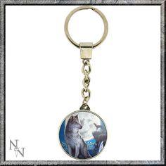 Metal Keychain//Keyring Skull and Swords !FREE UK P/&P!