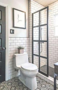 50+ Small Master Bathroom Makeover Ideas On A Budget http://zoladecor.com/small-master-bathroom-makeover-ideas-on-a-budget #homedecoronabudget