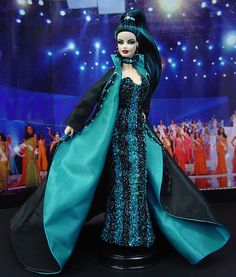 OOAK Barbie NiniMomo's Miss San Francisco 2010