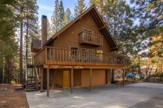 Yosemite Lodging, Lodges, Cabin, House Styles, Home Decor, Cabins, Decoration Home, Room Decor, Cottage