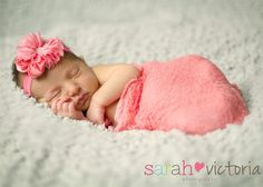 newborn photography baby girl Friendswood, Tx