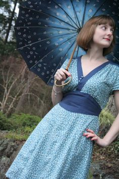 Awesome version of the Sense and Sensibility 1940s pattern!