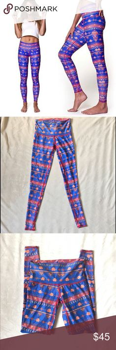 Teeki guns and roses hot pants The Teeki Guns & Roses Hot Pant is a gorgeous printed legging inspired by the 80's band. Wear these hot leggings for workout and play! teeki Pants Leggings