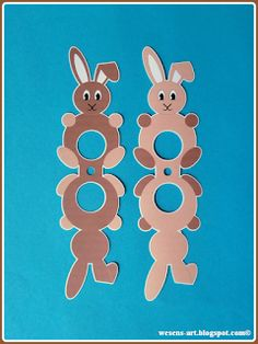 Here are the sweet bunnies with a lollipop belly! I think that not only the kids will love them for Easter! Easter Egg Crafts, Easter Projects, Bunny Crafts, Kids Crafts, Animal Crafts For Kids, Box Creative, Homemade Stuffed Animals, Candy Bouquet Diy, Staff Gifts