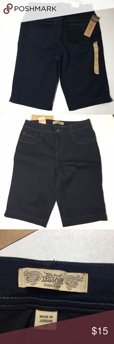"""NWT Nine West Misses Size 4 Bermuda Denim Shorts New with tags. Size 4 in misses. Sits at waist, 11"""" inseam. Dark wash. Super Stretch and comfortable. Nine West Shorts Bermudas"""