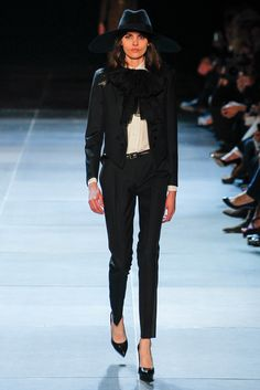 See the complete Saint Laurent Spring 2013 Ready-to-Wear collection.