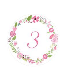 Free Printable Floral Wreath Table Numbers | via @Printable Weddings #freeprintable #weddingprintable