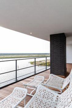 Heerlijk aan het water Contemporary, Modern, Water, Home Decor, Gripe Water, Trendy Tree, Decoration Home, Room Decor, Home Interior Design