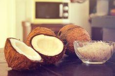L'olio di cocco - proprietà e utilizzi #olio #di   #cocco #olio #proprietà #coconut #oil #impaccocapelli #impacco #maschera