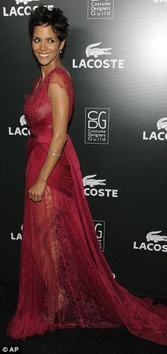 cc681dff87 96 Best Halle Berry Style, Fashion & Looks images in 2014 | Halle ...