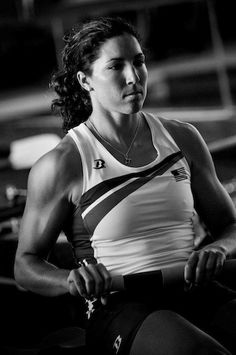 Row Like an Olympian: Favorite Rowing Machine Workouts From a London Medalist - Jump on the erg and try three favorite rowing workouts from quad sculls medalist Natalie Dell O'Brien. She offers a range from aerobic cardio base building to high-intensity s Olympic Rowing, Women's Rowing, Rowing Team, Indoor Rowing, Rowing Workout, Rowing Crew, Workout Tanks, Workout Gear, Olympic Games