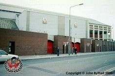outside the old kop 2