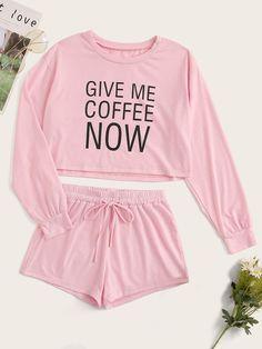 The Latest Girls & Guys Fun & Fashion Trends Girls Fashion Clothes, Teen Fashion Outfits, Cute Fashion, Outfits For Teens, Teenage Outfits, Swag Fashion, Fashion Pants, Girl Fashion, Cute Lazy Outfits