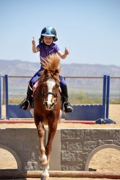 who's has two thumbs and is the best little rider ever? this gal!