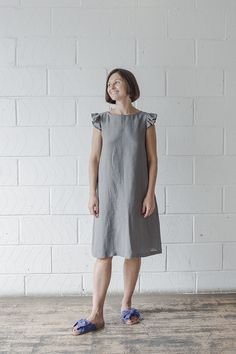 Leena Ruffle Sleeve Dress Tutorial – Fabrics-Store.com – The Thread