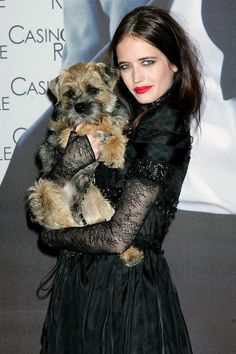 Why take a man to a movie premiere when you can take your dog! Griffin and Eva Green