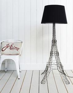 Cool floor lamp...J'adore