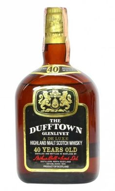 An bottling of 40 yo Dufftown Highland Malt Scotch whisky for the italian market (Ghirlanda import) Scotch Whiskey, Bourbon Whiskey, Whisky Club, Italian Market, Single Malt Whisky, In Vino Veritas, Tequila, Cigar, Pipes