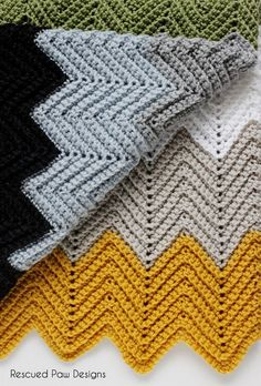 "The ""Wonders Blanket"" Free Chevron Crochet Pattern - Rescued Paw Designs"