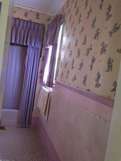 Elvis Graceland: parents bathroom