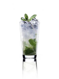 30 drinks from around the world - Sweden: Lemon Mojito #cocktails