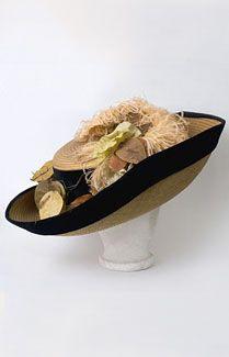 Gainsborough style wide brim straw hat, c.1900.