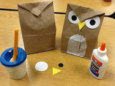 Have the kids make this cute owl and also practice their shapes at the same time.  Talk about the shapes of the eyes, the beak, etc. This is also a great project for practicing fine motor skills.