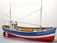 The Billing Boats 1/50 Evelyn Rose Fishing Boat wooden ship model measures 81cm long, 43cm high and 18cm wide. This wooden boat kit is highly realistic with many fine details.
