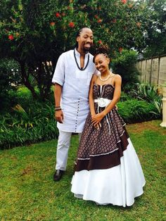 Tswana Traditional Wedding Attire For Couples 2017 Images, Photos are shared you as you can get the Tswana Traditional Wedding Attire For Couples in different color and style pattern from here. Traditional Wedding Attire, African Traditional Wedding, African Traditional Dresses, Traditional Outfits, African Wedding Attire, African Attire, African Wear, African Women, African Print Dresses
