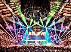 <3 #edm #lights #crowds