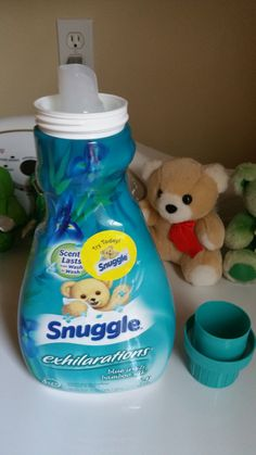 It smells really good and the scent is very pleasant and overpowering like laundry. #TeamSnuggle and #Sweepsentry