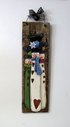 Three Snowmen Hand Painted on Barn Wood, Tole Painted, Primitive Christmas Signs, Christmas Snowman, Rustic Christmas, Christmas Decorations, Christmas Ornaments, Christmas Time, Snowman Crafts, Christmas Projects, Holiday Crafts