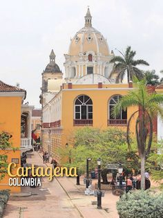 Cartagena, Colombia  Read More: http://mismatchedpassports.com/2015/07/27/cartagena-colonial-walled-city-colombia/ #travel #Colombia