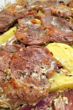 Videóreceptek Archives - Page 2 of 27 - GastroHobbi Meat Recipes, Cooking Recipes, Arabic Food, Garlic Bread, Food 52, Steak, Bacon, Pork, Food And Drink