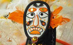 Detalhe da fantasia da ala das máscaras. O acessório é utiliizado no festival Danoje de Gangeung