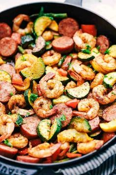 20 Low Carb Meals You'll Want to Make Right Now Low carb meals are incredibly popular right now, and they have a number of health benefits. Here are 20 low carb meals you'll want to make right now! - 20 Low Carb Meals You'll Want to Make Right Now Seafood Recipes, Cooking Recipes, Low Carb Shrimp Recipes, No Carb Dinner Recipes, Lunch Recipes, Low Carb Dinner Ideas, Salad Recipes, Meal Recipes, Paleo Recipes Low Carb