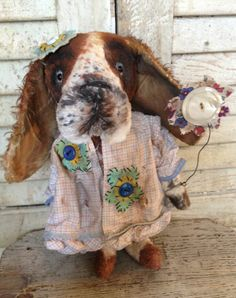 Featured in Winter 2014 issue of Prims magazine...Brady Bears Studio... Basset Hound. All hand tinted. One of a kind, www.BradyBears.com. Antique // Prim // mohair //
