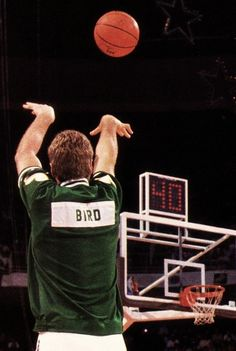 Larry Bird practicing his three-pointer. Larry won the three point contest three consecutive times and I believe he still holds the record of hitting 11 straight in the contest. (That's 3 racks of 5 and 3 more balls. That's what practice can do. Sport Basketball, Celtics Basketball, Basketball Quotes, Basketball Pictures, Basketball Legends, Sports Pictures, Basketball Players, Sports Images, Basketball Stuff