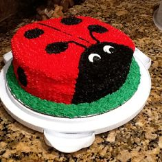 50 Easy Make Animal Cakes for every occasion . Ladybird cake 50 Easy Make Animal Cakes for Every Occasion … 352 Source by lgraehl Bug Birthday Cakes, Easy Kids Birthday Cakes, Animal Birthday Cakes, Easy Kids Cakes, Birthday Ideas, Lion Cakes, Giraffe Cakes, Cupcakes, Cupcake Cakes