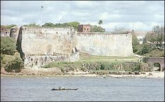 mombasa kenya images   The frontal view of the Fort