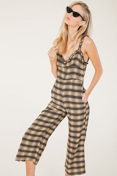 Faithfull The Brand, Spring Fashion Trends, Vintage Market, Fall Looks, Put On, Looks Great, Jumpsuit, Turtle Neck, Rock